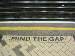 Mind the gap in London underground, Victoria Station